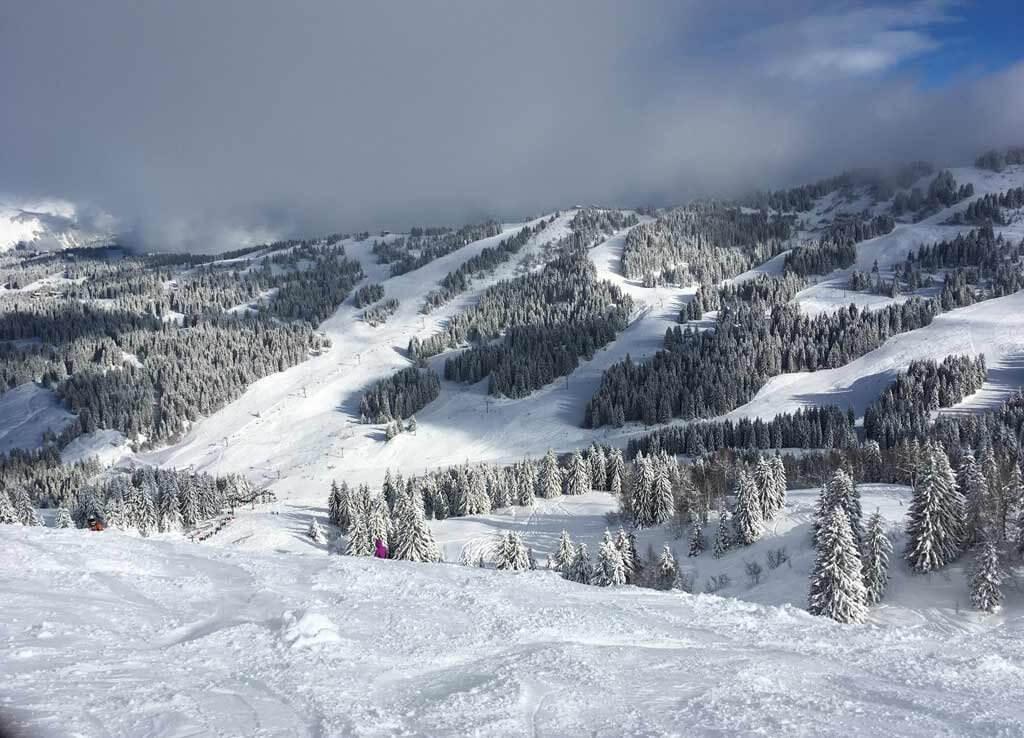 skiing-in-morzine