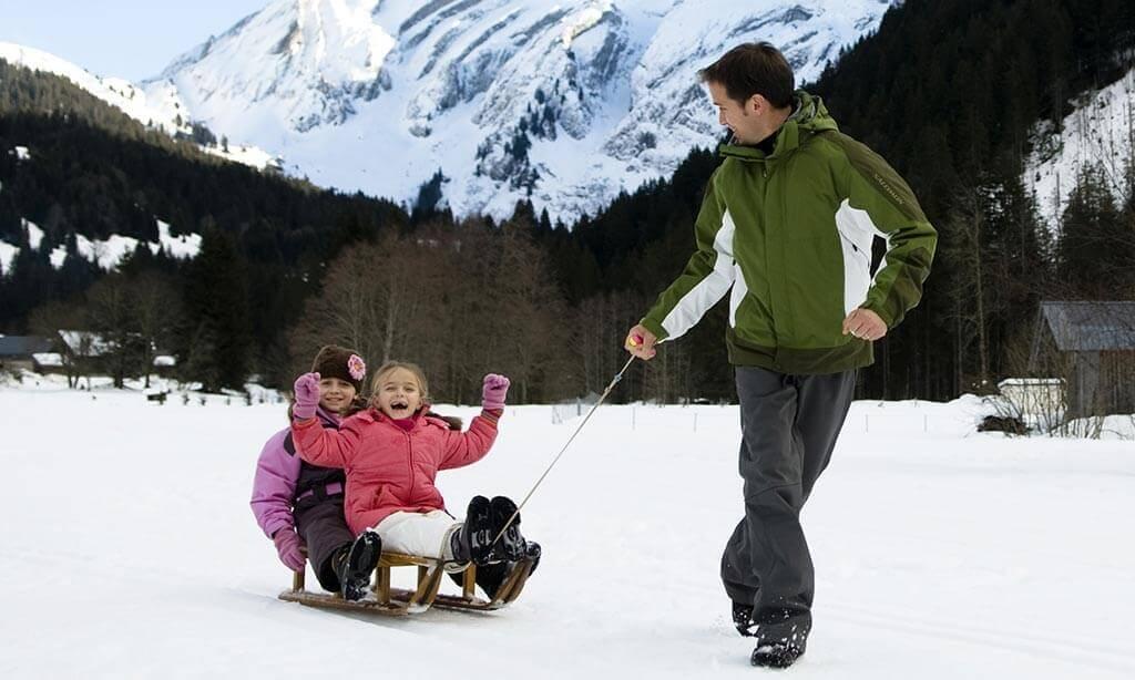 sledging-kids-morzine